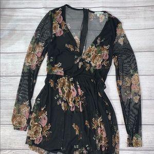 NWOT sheersleeve & back v neck black flower romper
